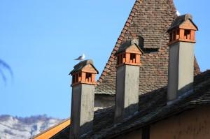 De schoorsteen als goddelijk portaal happy holon - Centraal geschorste schoorsteen ...